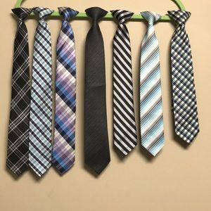 New without tags Boys clip on ties